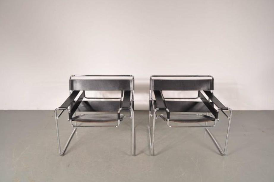 leather steel wassily chairs by marcel breuer for gavina 1960s set of 2 for sale at pamono. Black Bedroom Furniture Sets. Home Design Ideas