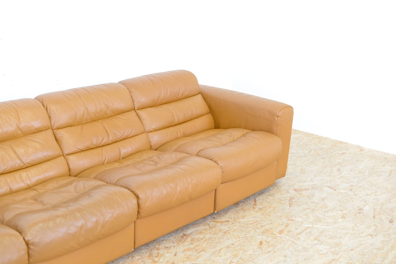vintage vier sitzer ledersofa mit relax funktion von de. Black Bedroom Furniture Sets. Home Design Ideas