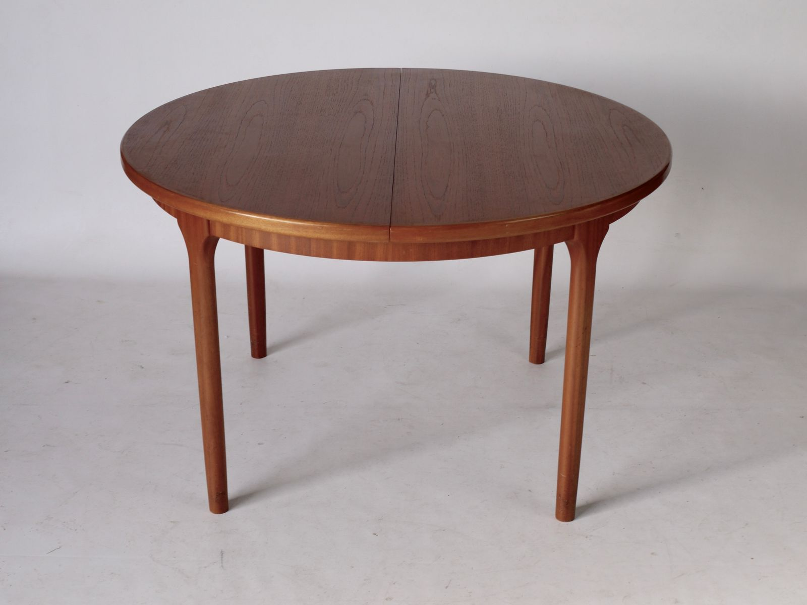 Teak Extendable Circular Dining Table From McIntosh 1970s For Sale At Pamono