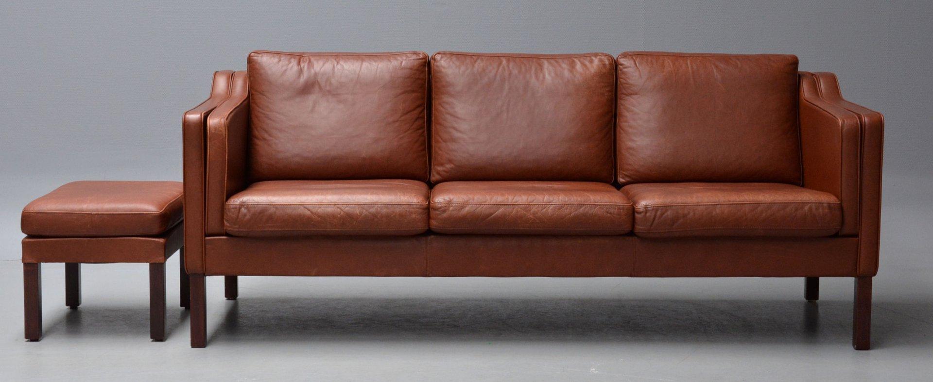 braunes ledersofa mit hocker 1960er bei pamono kaufen. Black Bedroom Furniture Sets. Home Design Ideas