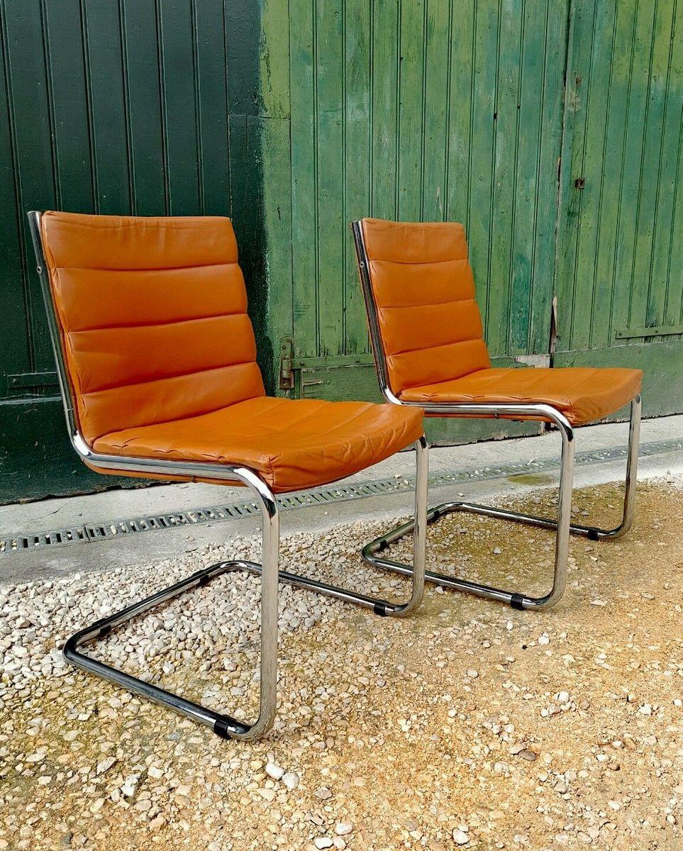 hellbraune lederst hle 1970er 2er set bei pamono kaufen. Black Bedroom Furniture Sets. Home Design Ideas