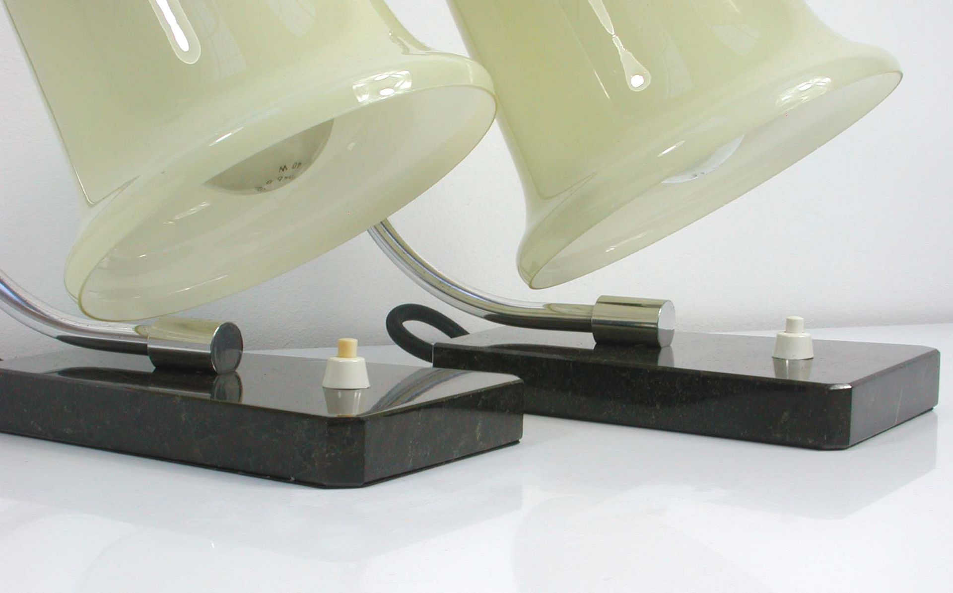 german bauhaus table lamps 1930s set of 2 for sale at pamono. Black Bedroom Furniture Sets. Home Design Ideas