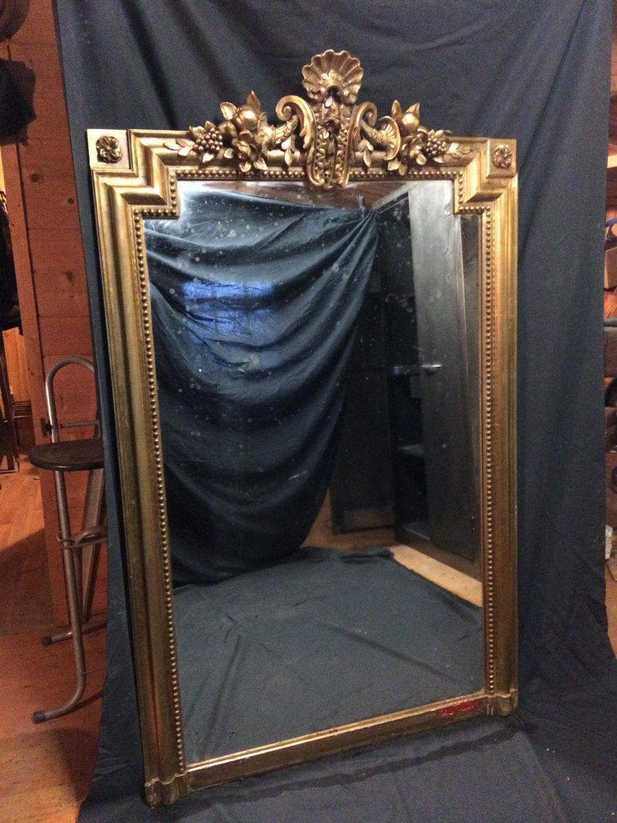 goldener spiegel 1890er bei pamono kaufen. Black Bedroom Furniture Sets. Home Design Ideas