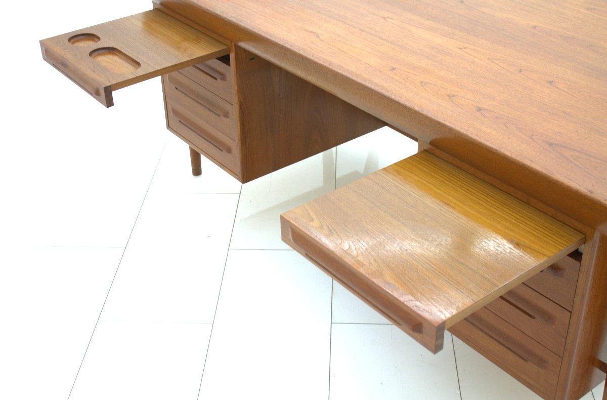 vintage teak schreibtisch von ib kofod larsen f r faarup m bler bei pamono kaufen. Black Bedroom Furniture Sets. Home Design Ideas