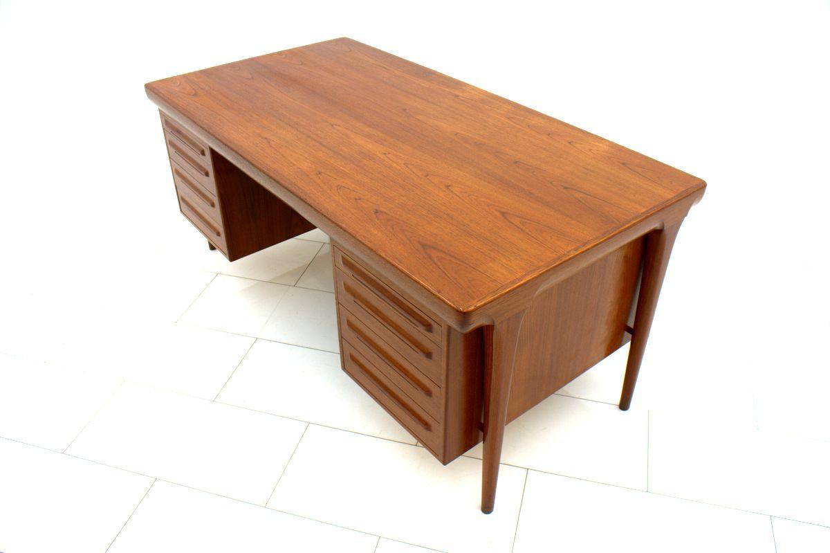 vintage teak schreibtisch von ib kofod larsen f r faarup. Black Bedroom Furniture Sets. Home Design Ideas