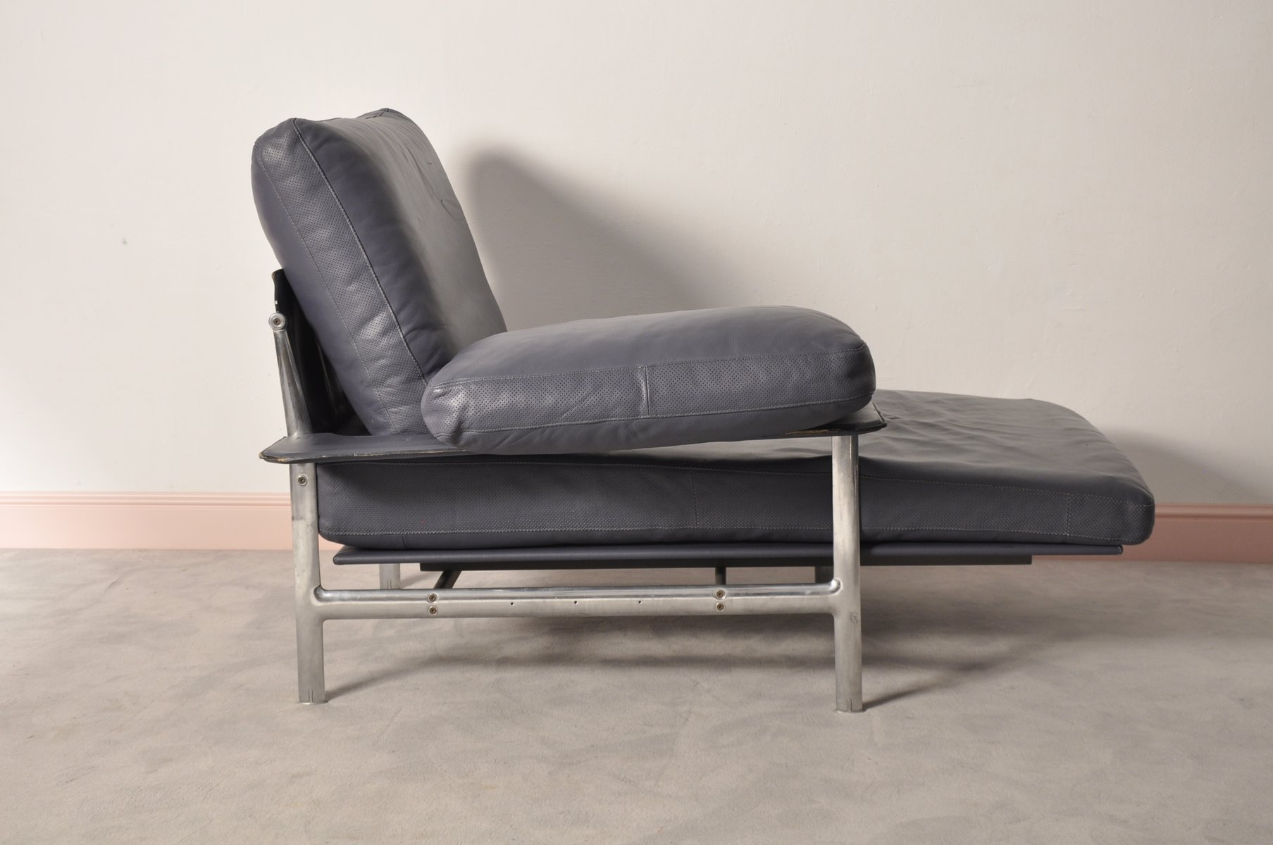 Diesis chaise longue by paolo nava antonio citterio for for Chaise longue 2 personnes