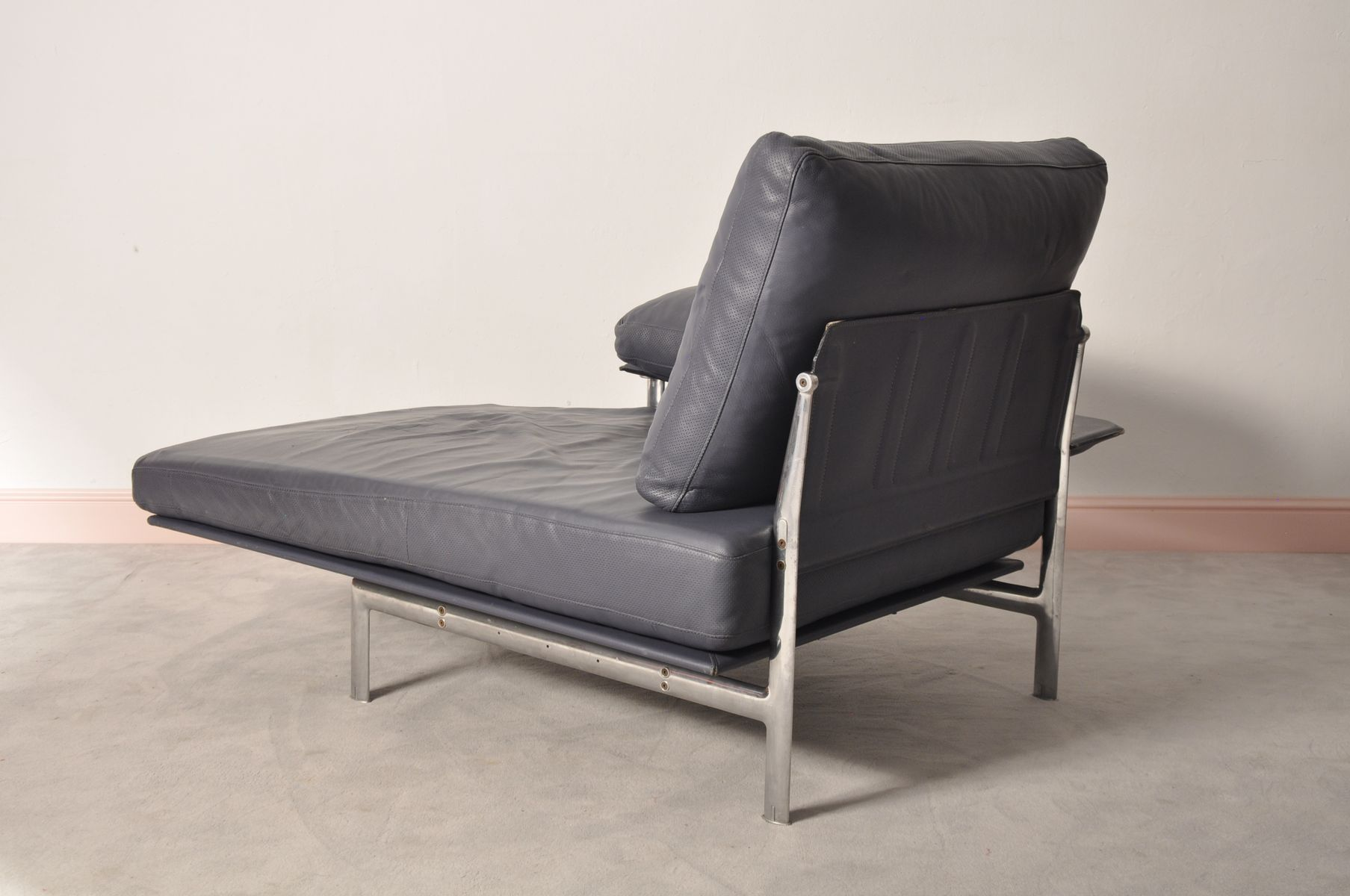 diesis chaise longue by paolo nava antonio citterio for