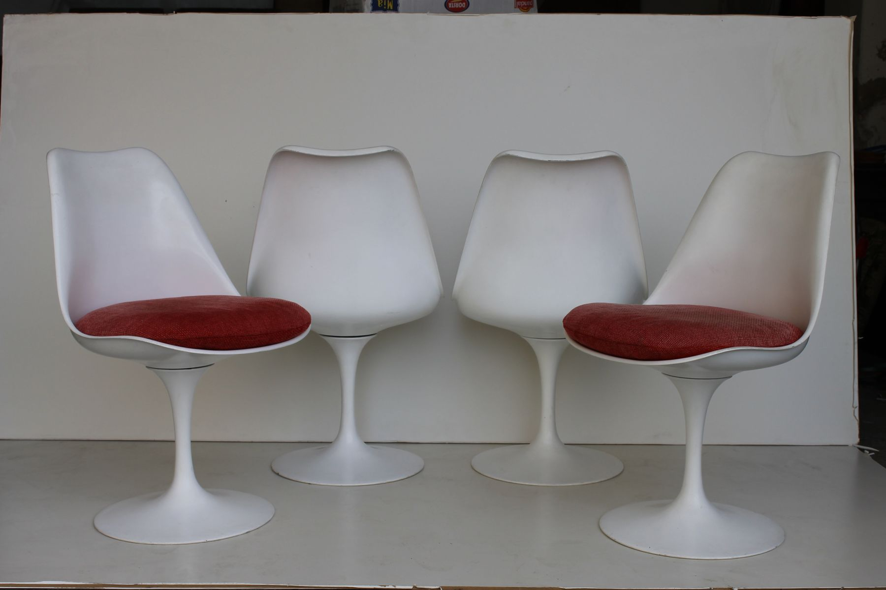 tulip swivel chair by eero saarinen for knoll 1958 for. Black Bedroom Furniture Sets. Home Design Ideas