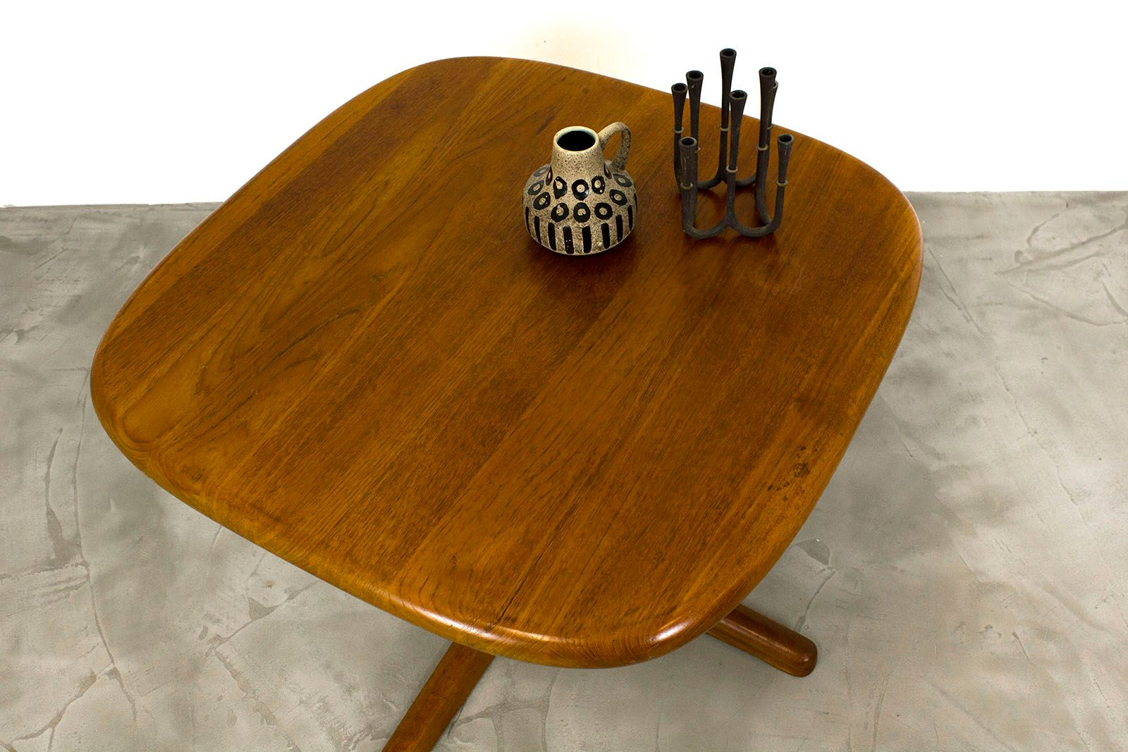 Danish modern teak coffee table 1970s for sale at pamono for Modern coffee table sale