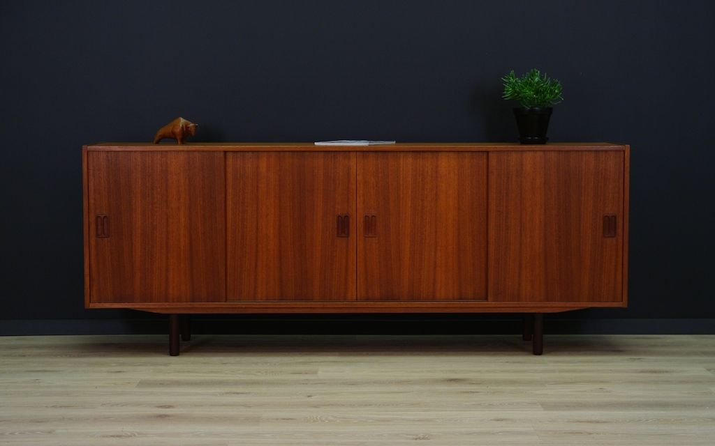 d nisches mid century teak sideboard mit schiebet ren 1960er bei pamono kaufen. Black Bedroom Furniture Sets. Home Design Ideas