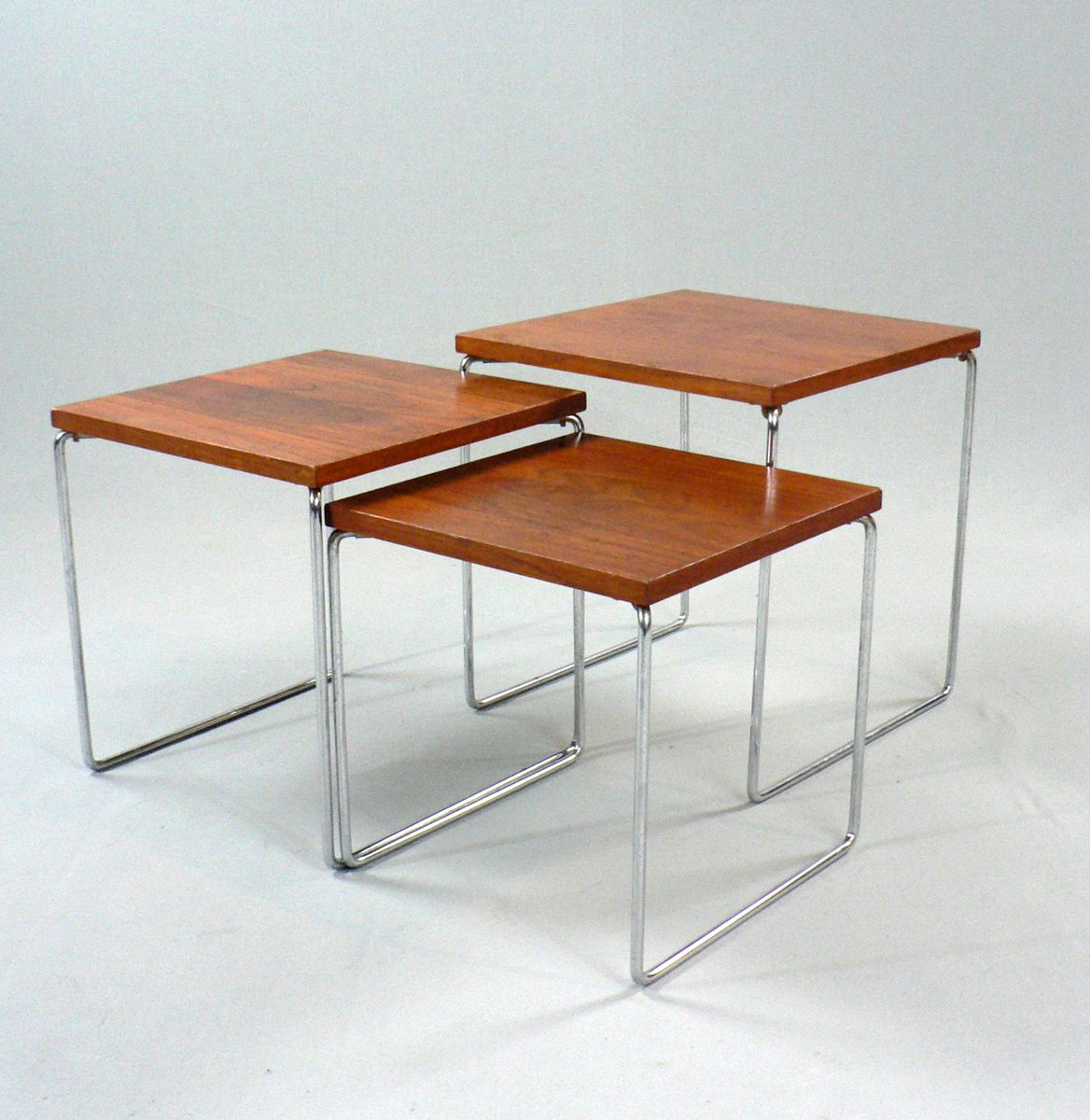 Set of nesting tables in rosewood and metal s for