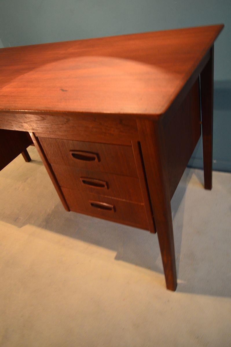 skandinavischer schreibtisch mit ablage 1960er bei pamono kaufen. Black Bedroom Furniture Sets. Home Design Ideas
