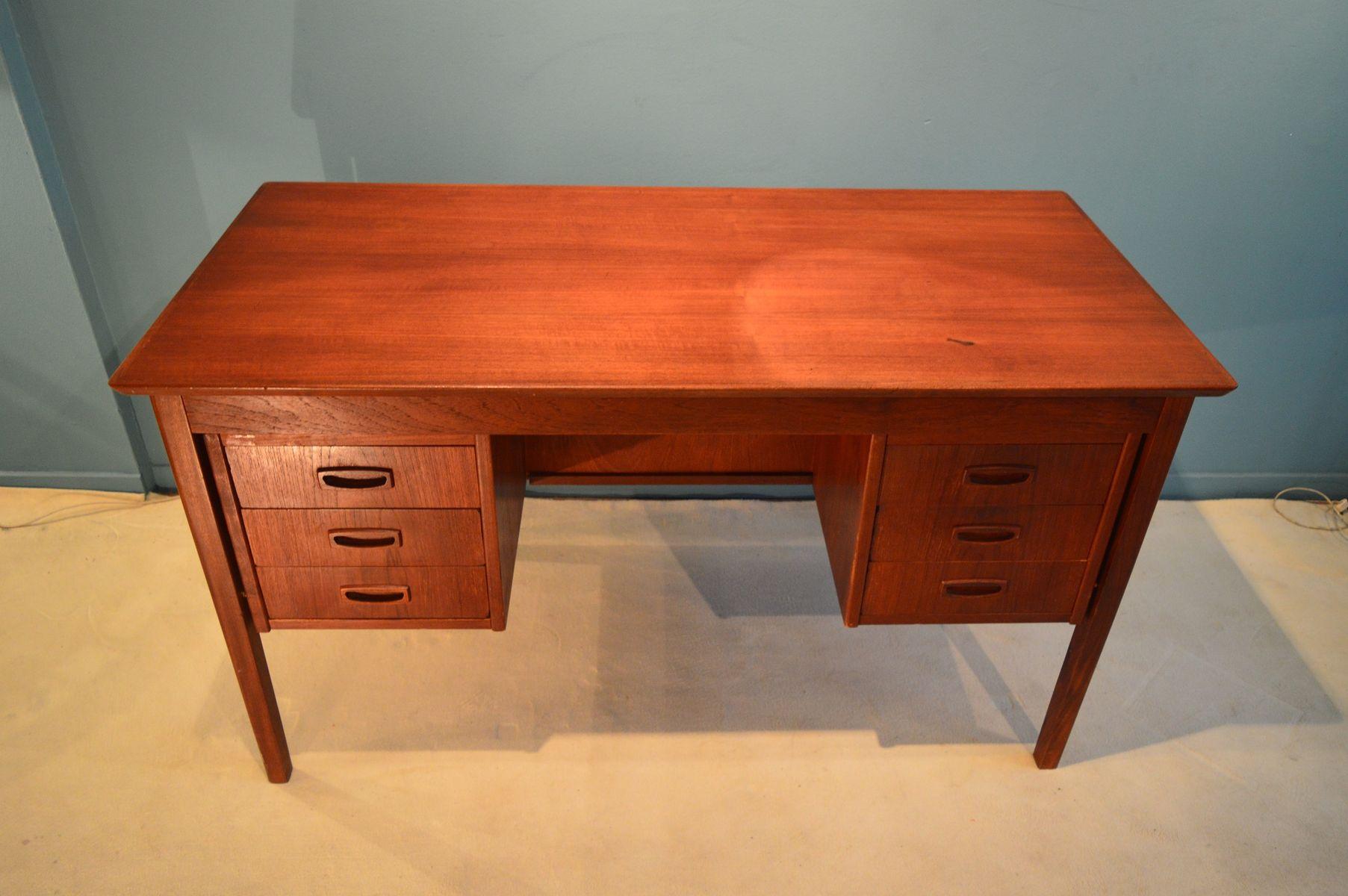 skandinavischer schreibtisch mit ablage 1960er bei pamono. Black Bedroom Furniture Sets. Home Design Ideas