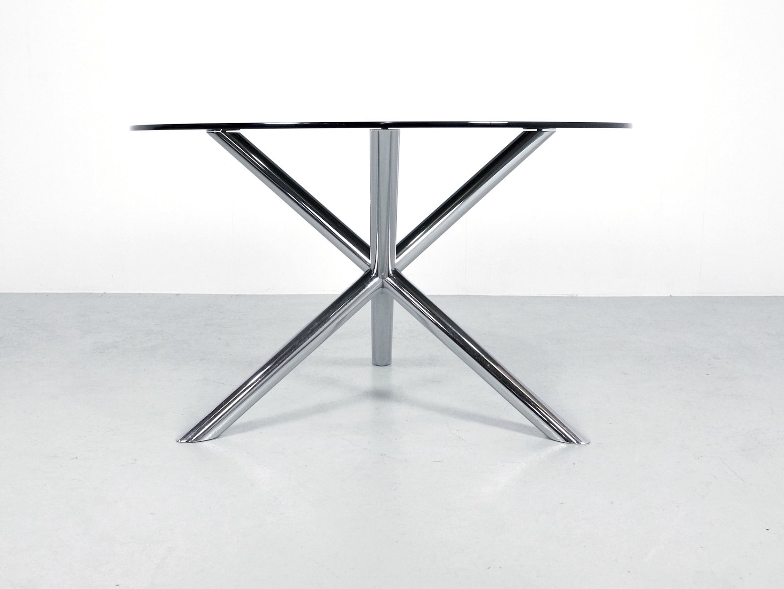 Table de salon en chrome et en verre fum par roche bobois - Table de salon en verre roche bobois ...
