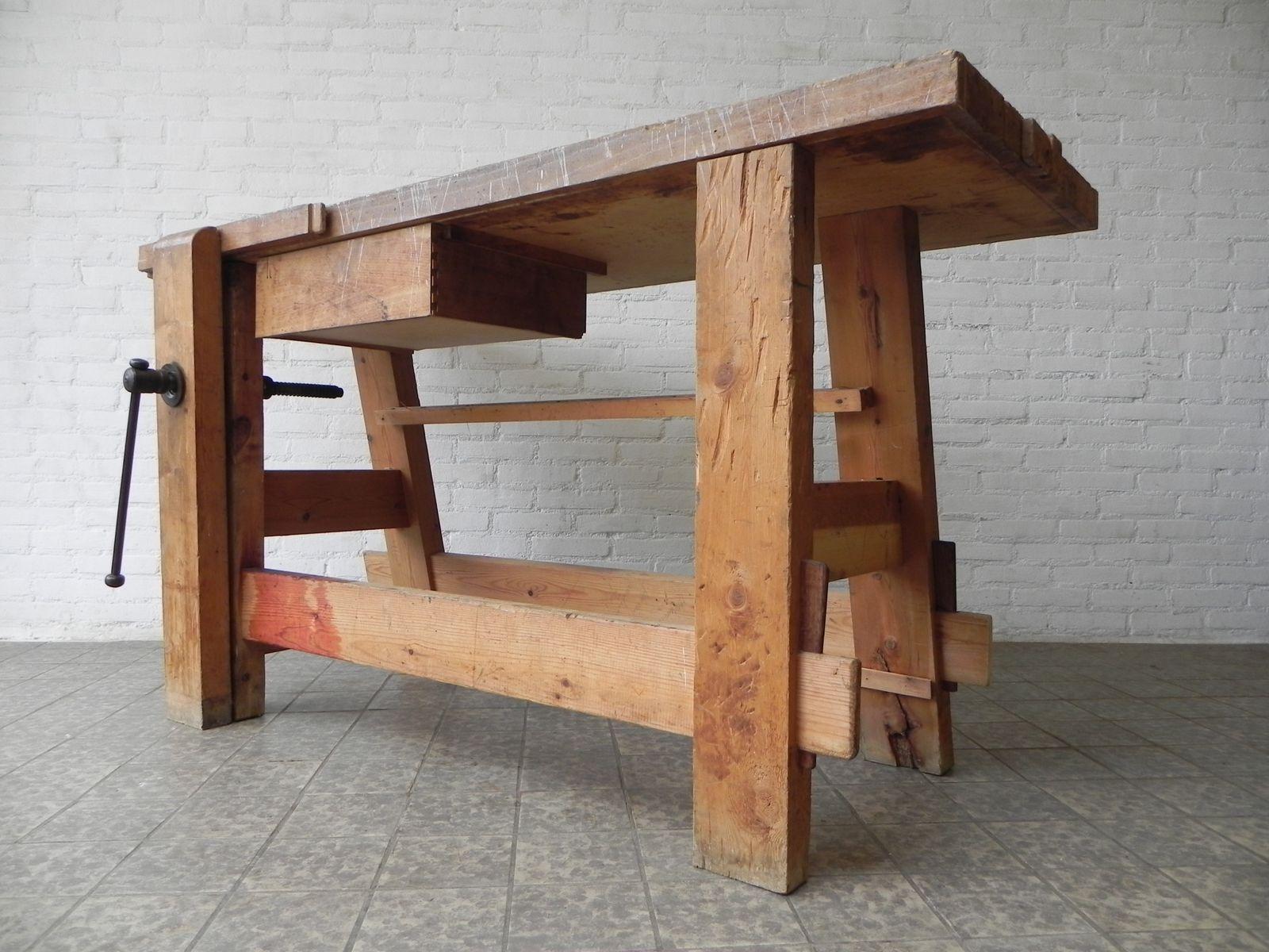 banc de travail industriel avec vet1960s en vente sur pamono. Black Bedroom Furniture Sets. Home Design Ideas