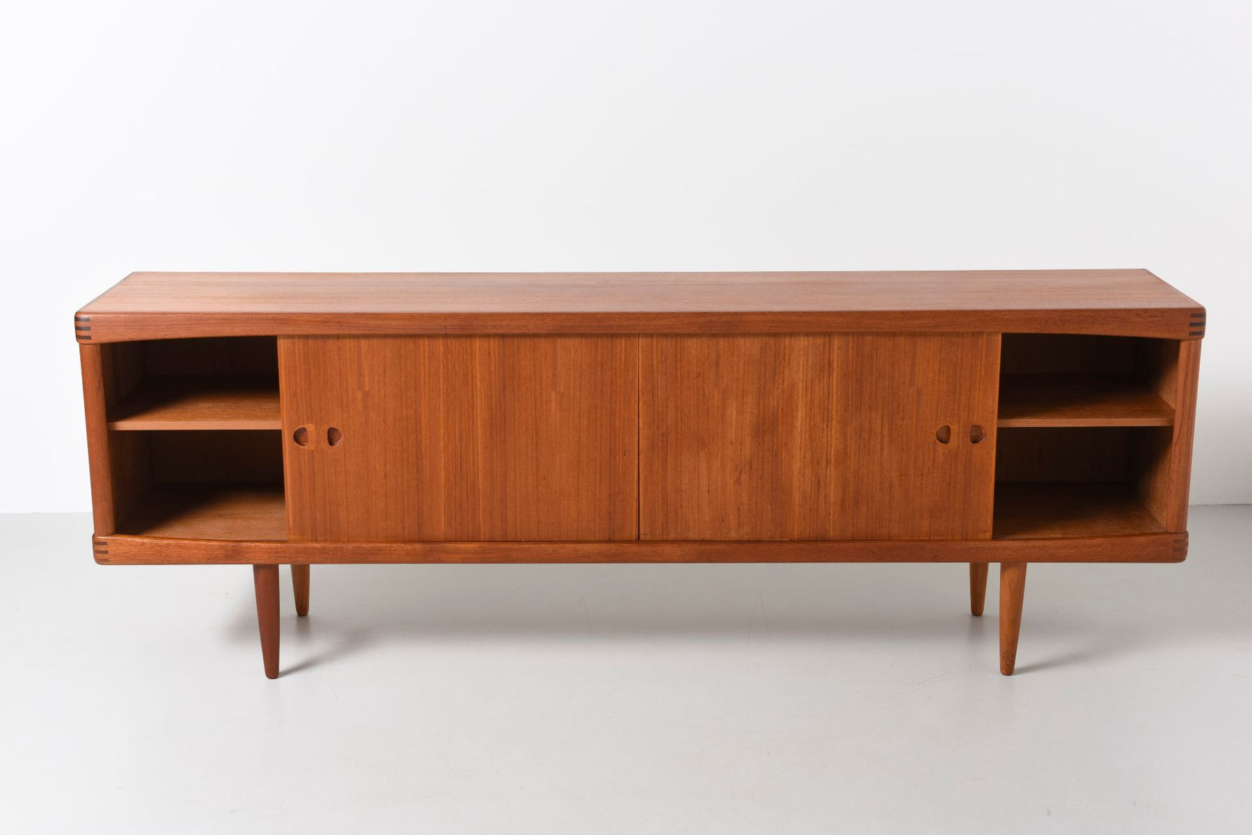 d nisches vintage sideboard von h w klein f r bramin bei. Black Bedroom Furniture Sets. Home Design Ideas