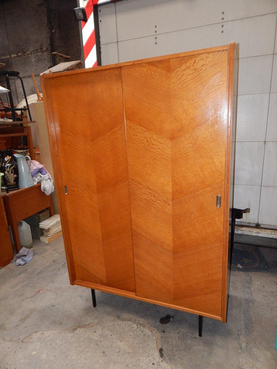 Penderie vintage avec portes coulissantes en vente sur pamono for Penderie avec porte coulissante