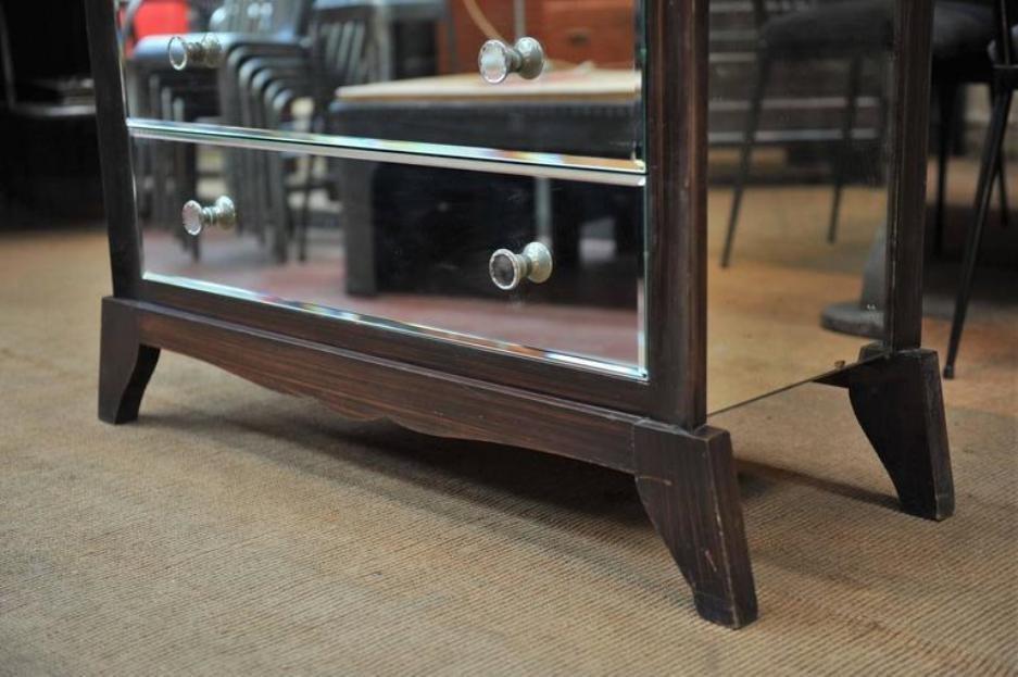 commode en verre miror e 1940s en vente sur pamono. Black Bedroom Furniture Sets. Home Design Ideas