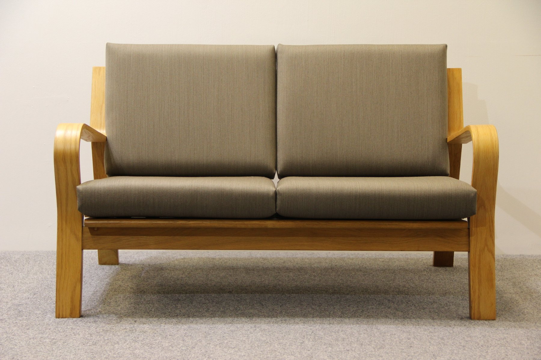 Vintage GE 671 Two Seater Sofa by Hans J Wegner for Getama for