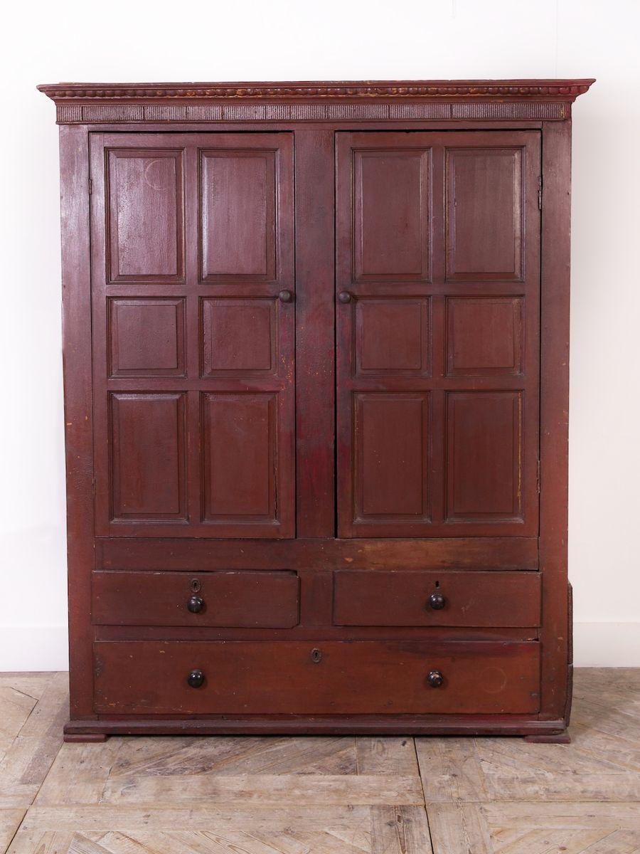 Antique Irish Pine Linen Cupboard, 1830 - Antique Irish Pine Linen Cupboard, 1830 For Sale At Pamono