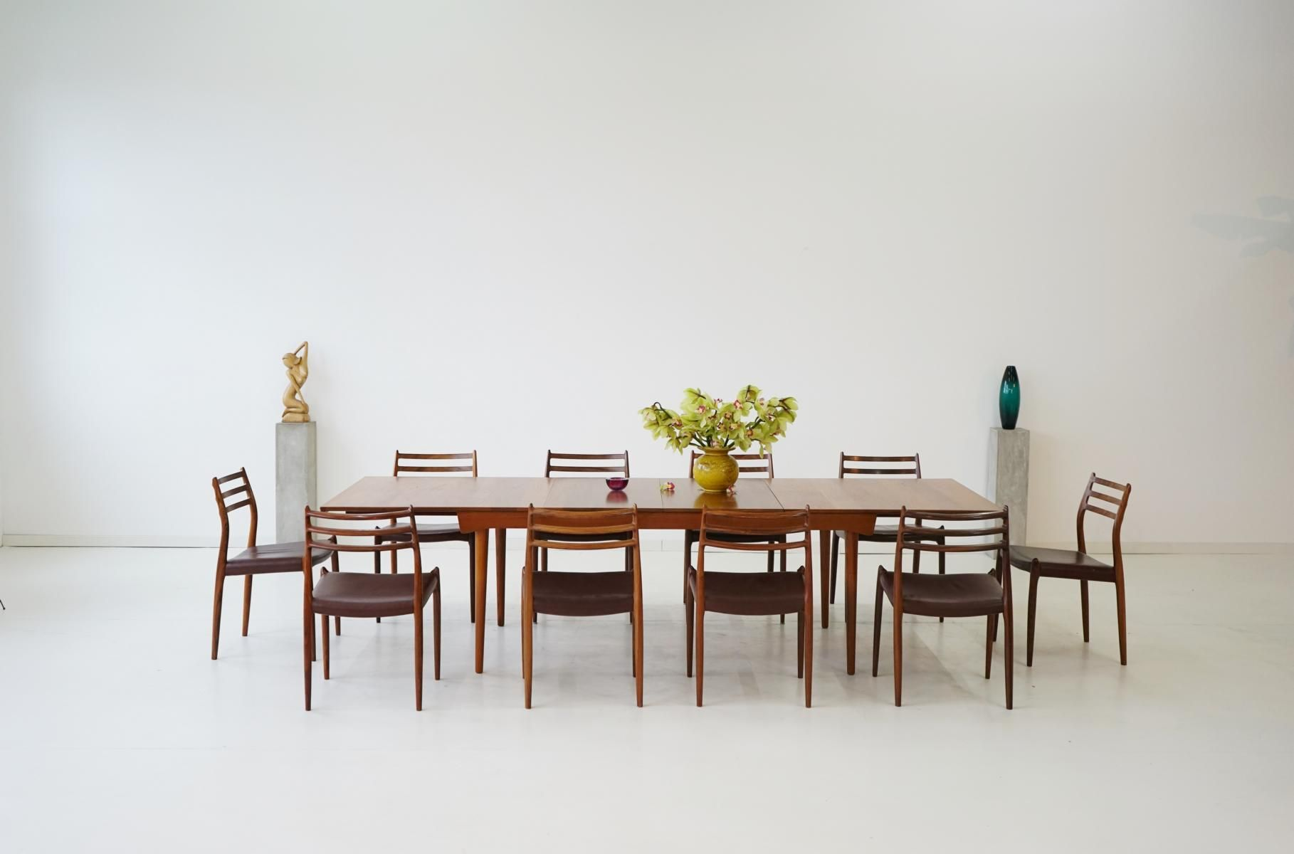 Teak Dining Table & Chairs Set 1960s for sale at Pamono