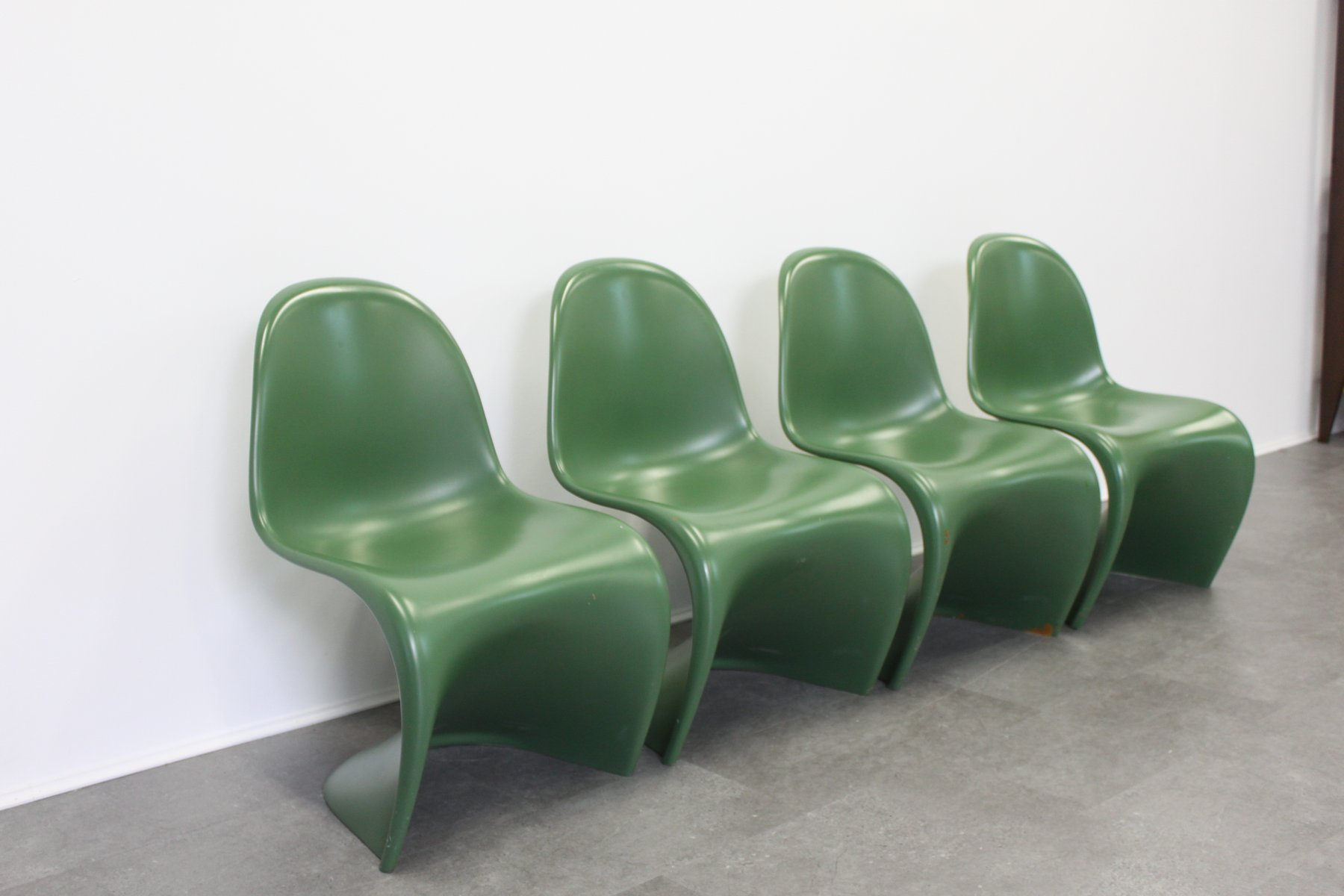 vintage matte green baydur chairs by verner panton for vitra set of 4 for sale at pamono. Black Bedroom Furniture Sets. Home Design Ideas