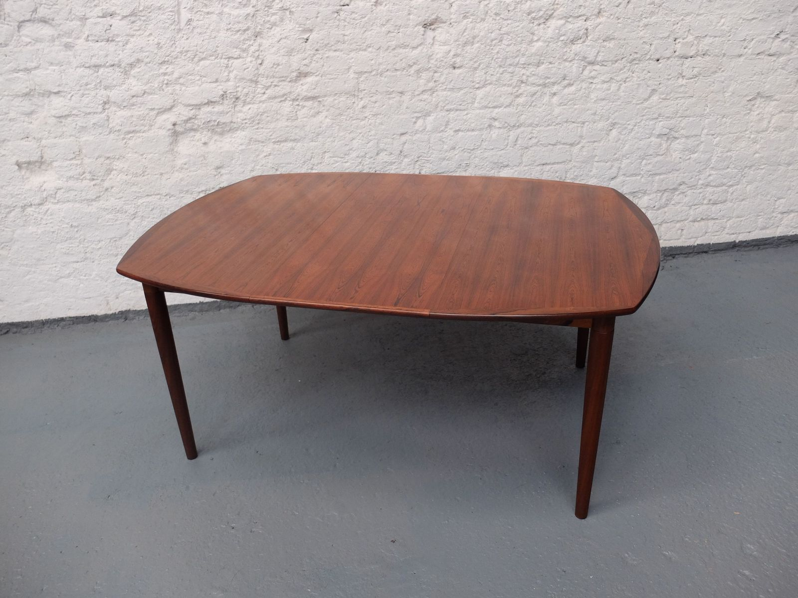 Mid Century Danish Rosewood Extendable Dining TableMid Century Danish Rosewood Extendable Dining Table for sale at Pamono. Rosewood Danish Dining Table And Chairs. Home Design Ideas