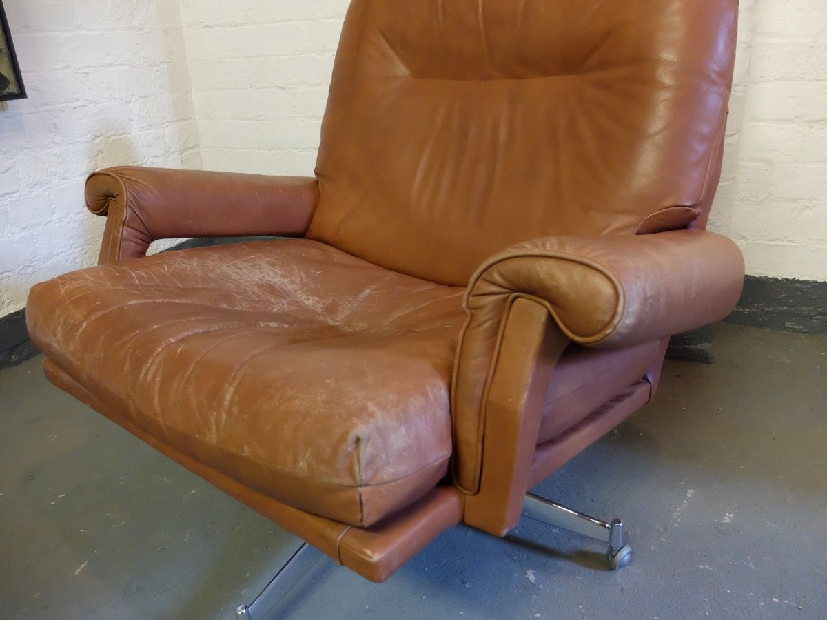 Leather Revolving Lounge Chair By Howard Keith 1960s For