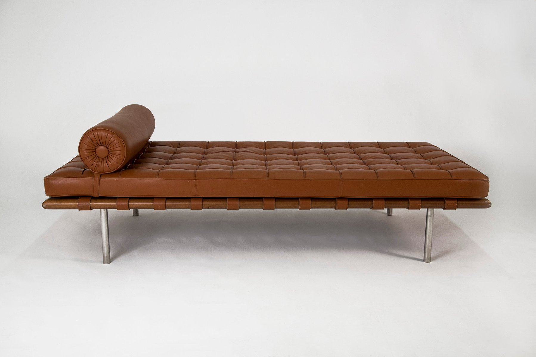 barcelona daybed by mies van der rohe for knoll  for sale at  - barcelona daybed by mies van der rohe for knoll