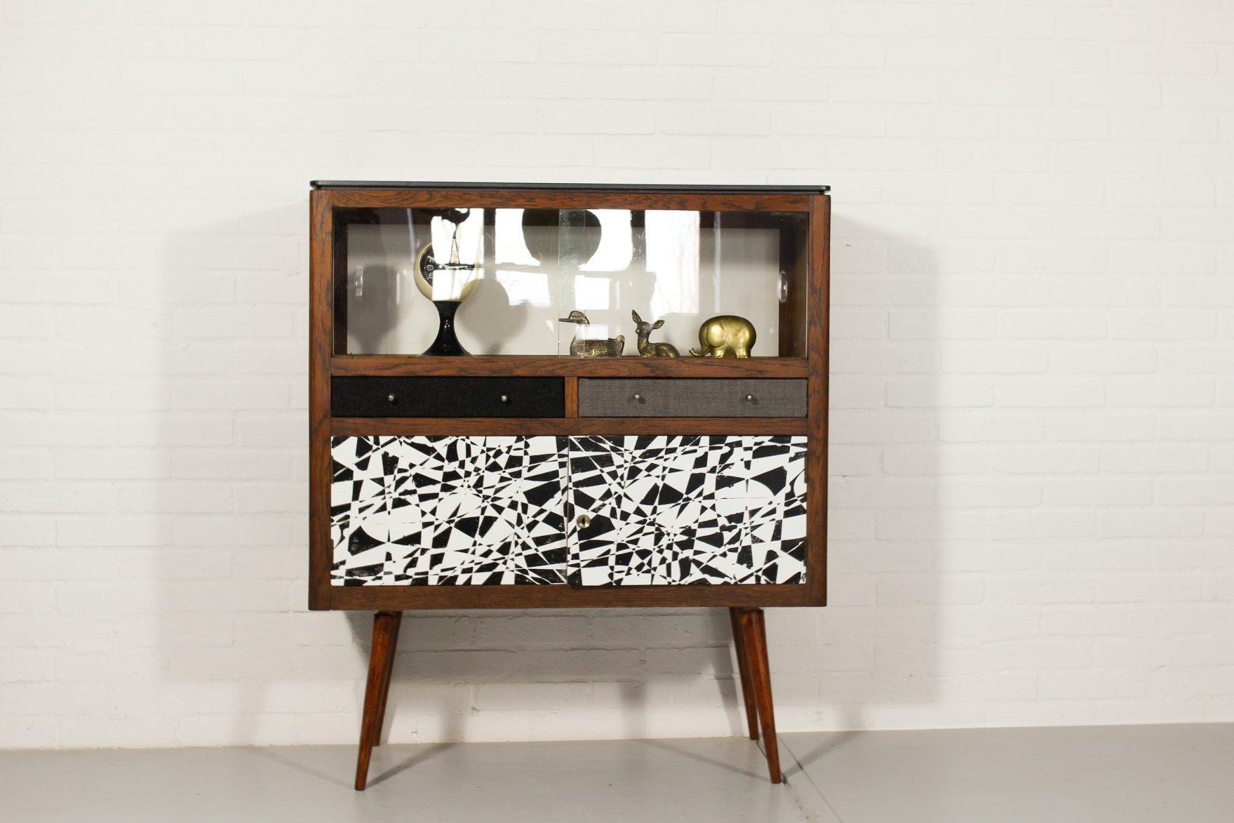 meuble vitrine vintage en vente sur pamono. Black Bedroom Furniture Sets. Home Design Ideas