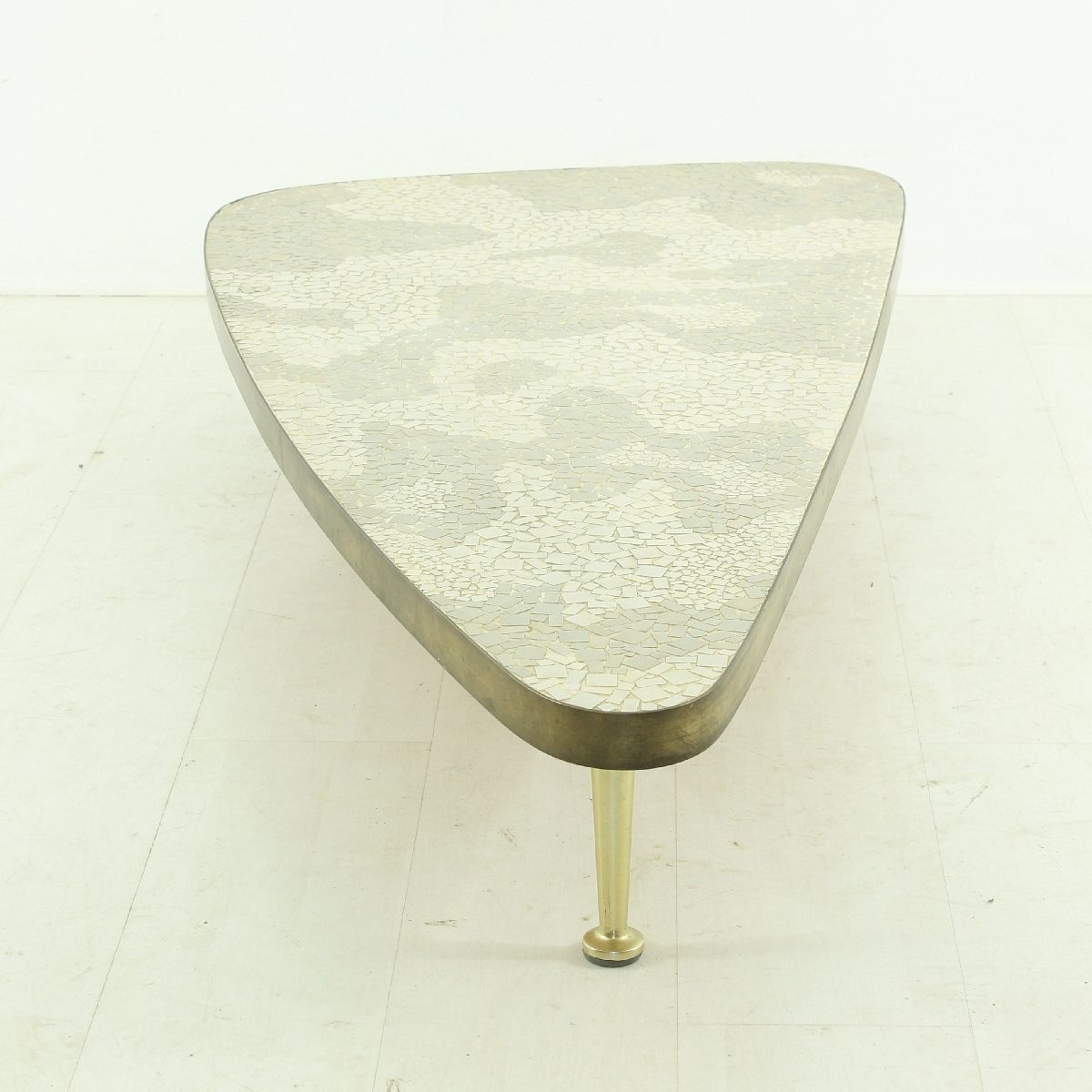 table basse vintage blanche et grise 1950s en vente sur. Black Bedroom Furniture Sets. Home Design Ideas