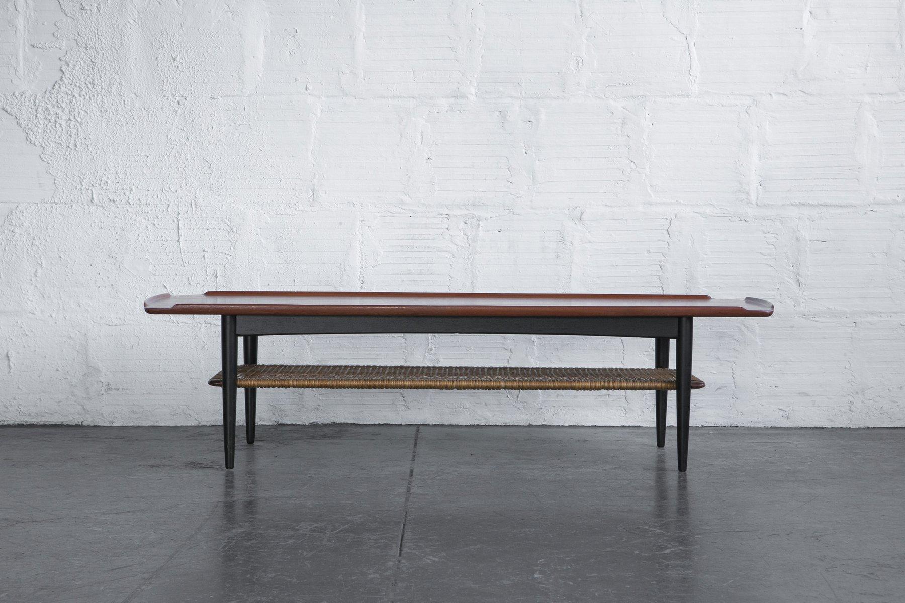 schwedischer rattan couchtisch 1960er bei pamono kaufen. Black Bedroom Furniture Sets. Home Design Ideas
