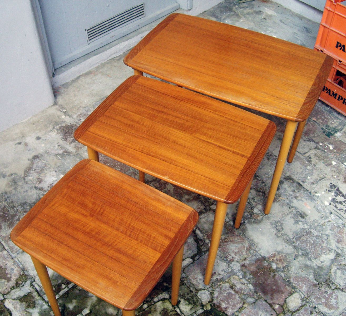 Small Nest Of Three Tables 1960s For Sale At Pamono