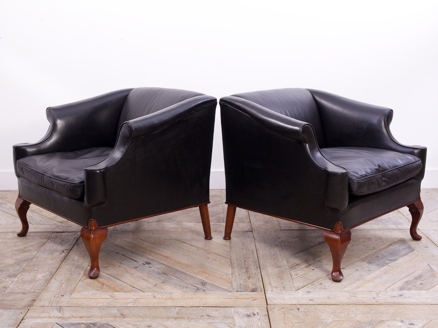 Antique black leather chairs - Vintage Black Leather Armchairs By Sir Edwin Lutyens Set Of 2