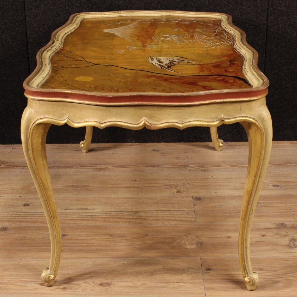 Venetian lacquered gilded and hand painted coffee table 1950s hand painted coffee table 1950s 12 125000 geotapseo Image collections