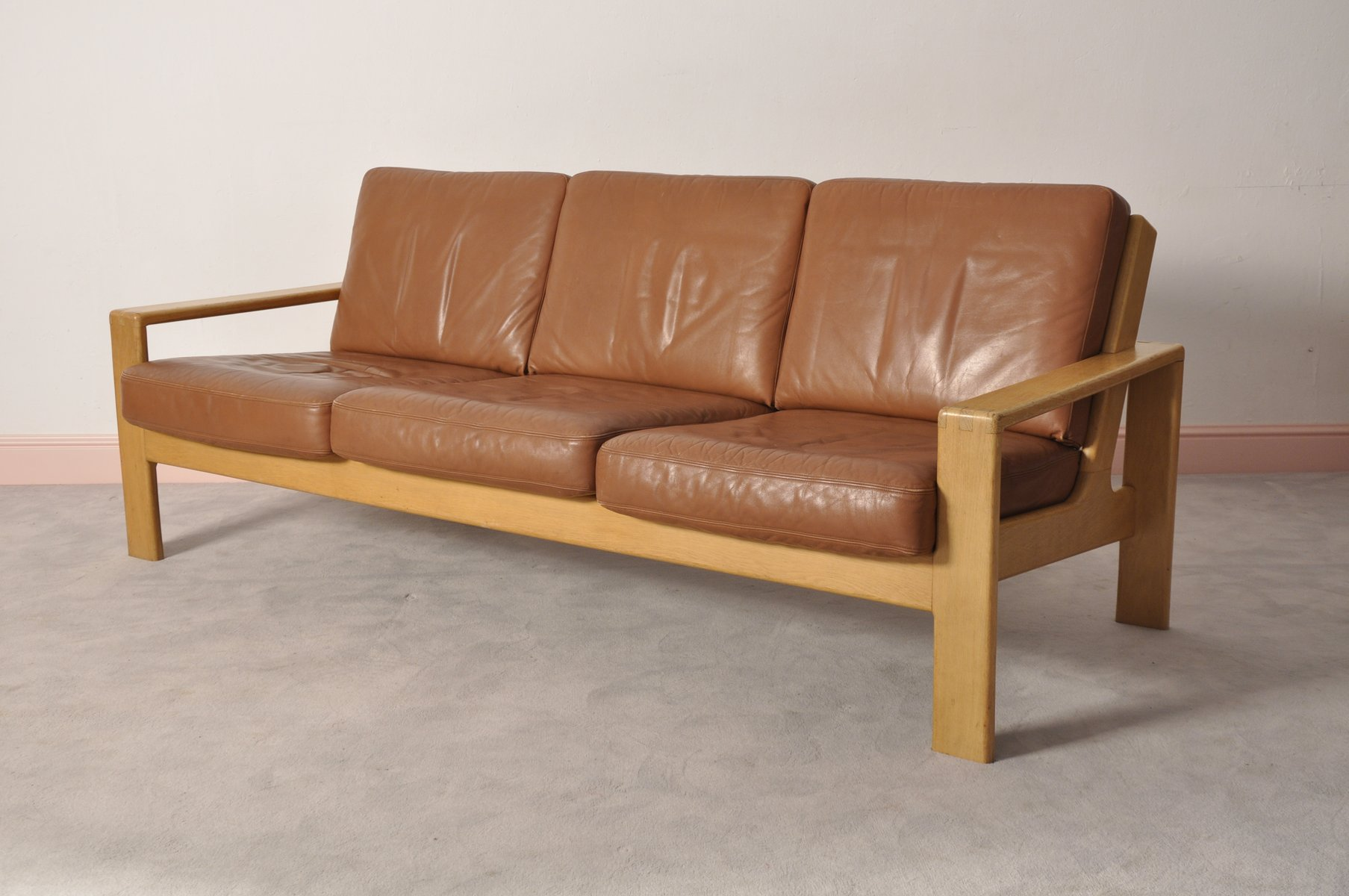 Vintage scandinavian leather oak three seater sofa for for Scandinavian sofa