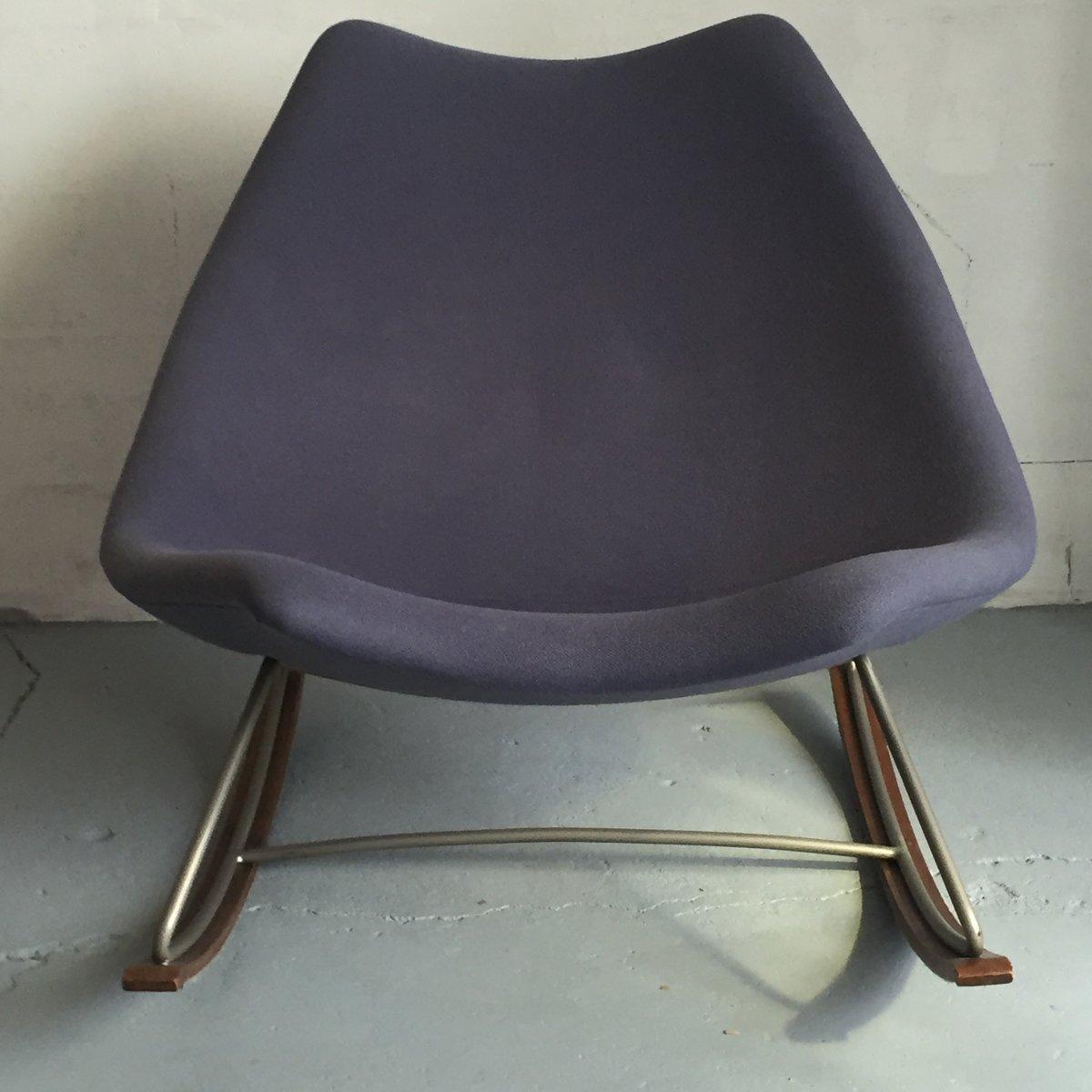 F595 schaukelstuhl aus blauem stoff von geoffrey harcourt for Schaukelstuhl stoff