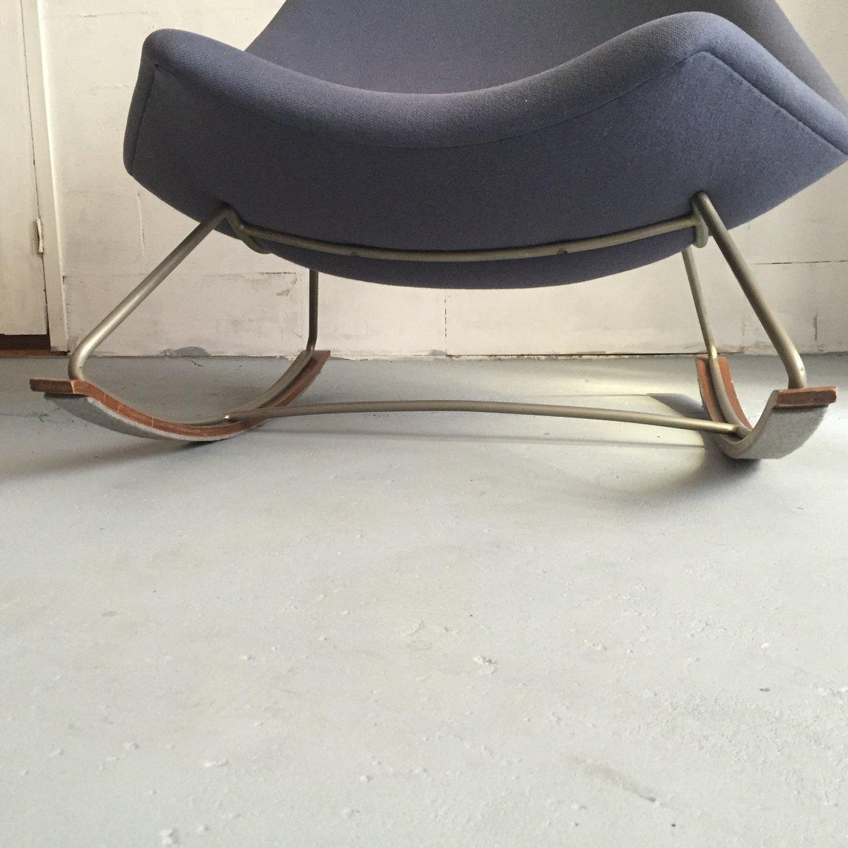 F595 schaukelstuhl aus blauem stoff von geoffrey harcourt f r artifort 1960er bei pamono kaufen for Schaukelstuhl stoff