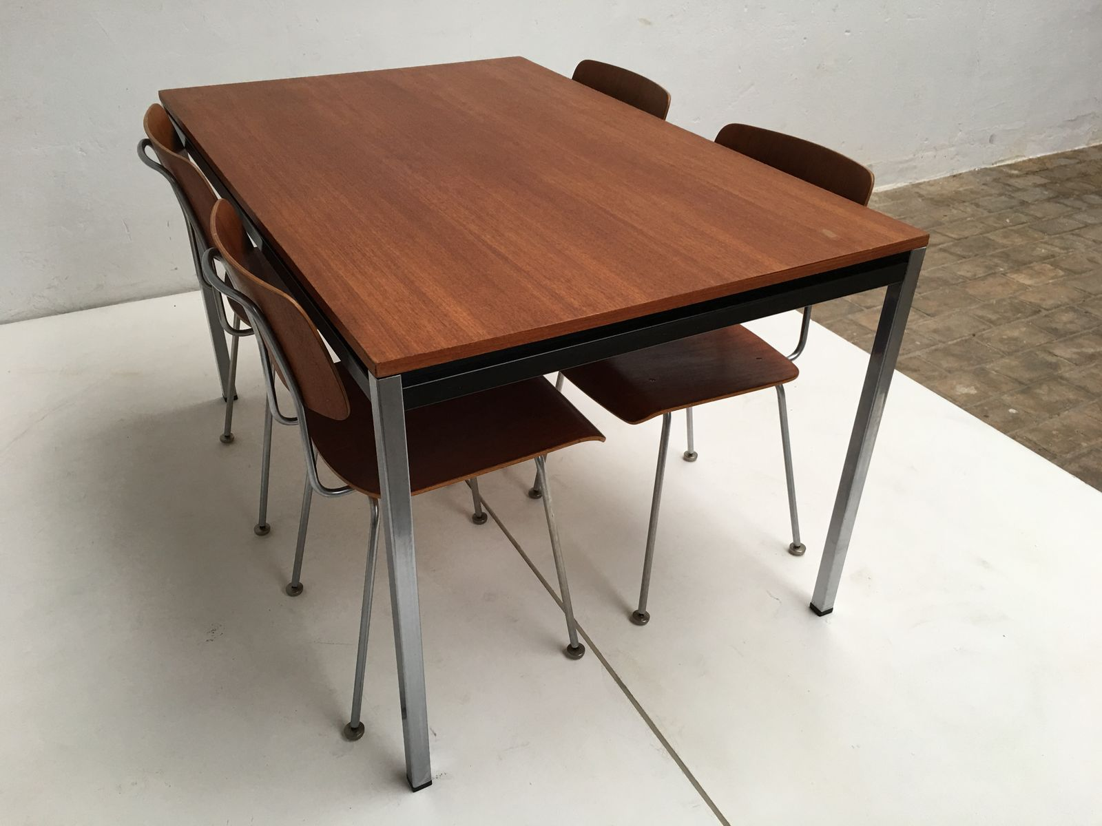 Model 1263 Chairs and Dining Table by A R Cordemeyer for Gispen