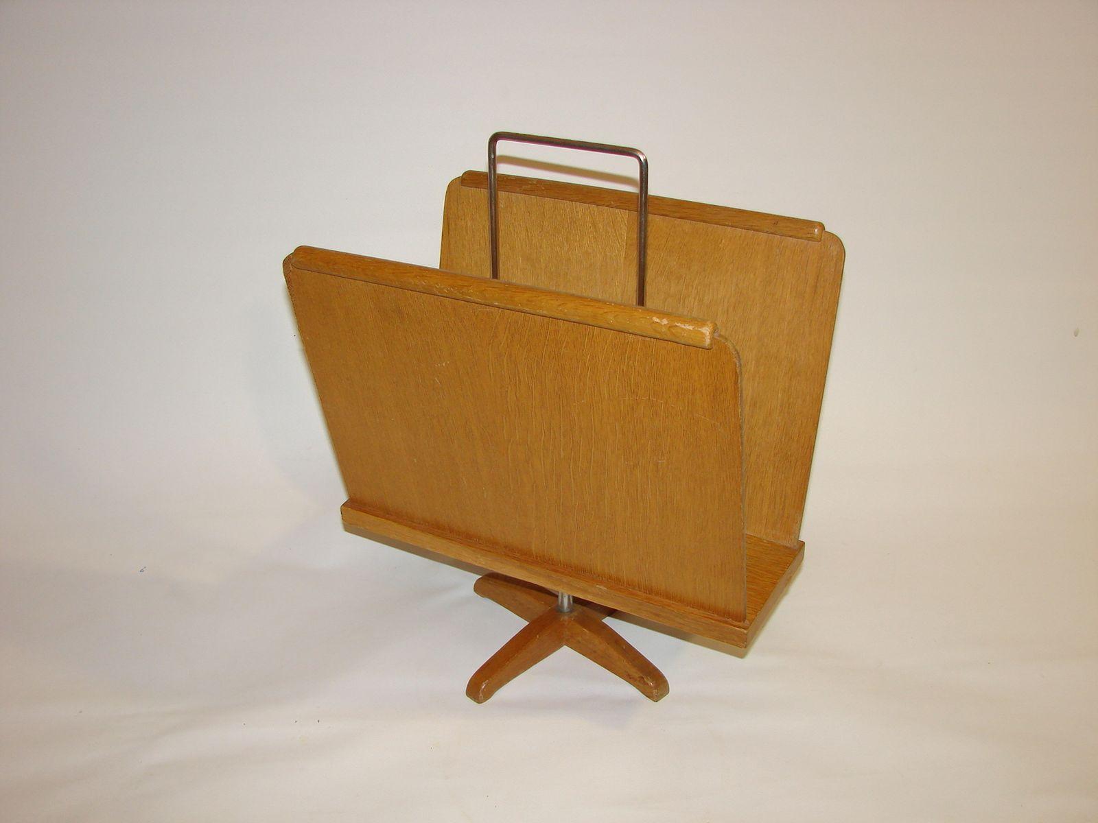 drehbarer zeitungsst nder aus holz 1970er bei pamono kaufen. Black Bedroom Furniture Sets. Home Design Ideas