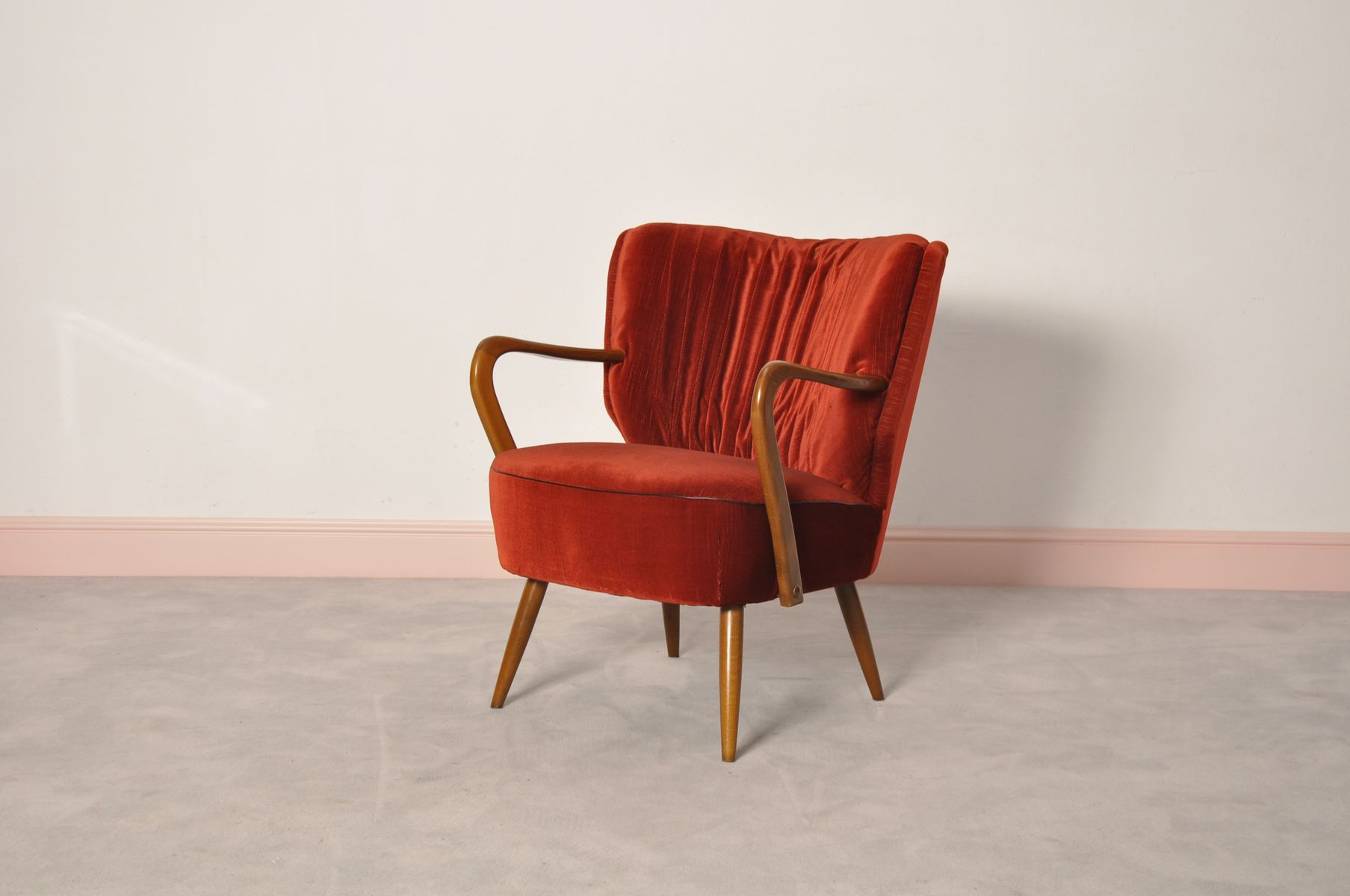 brasilianischer cocktail sessel 1960er bei pamono kaufen. Black Bedroom Furniture Sets. Home Design Ideas