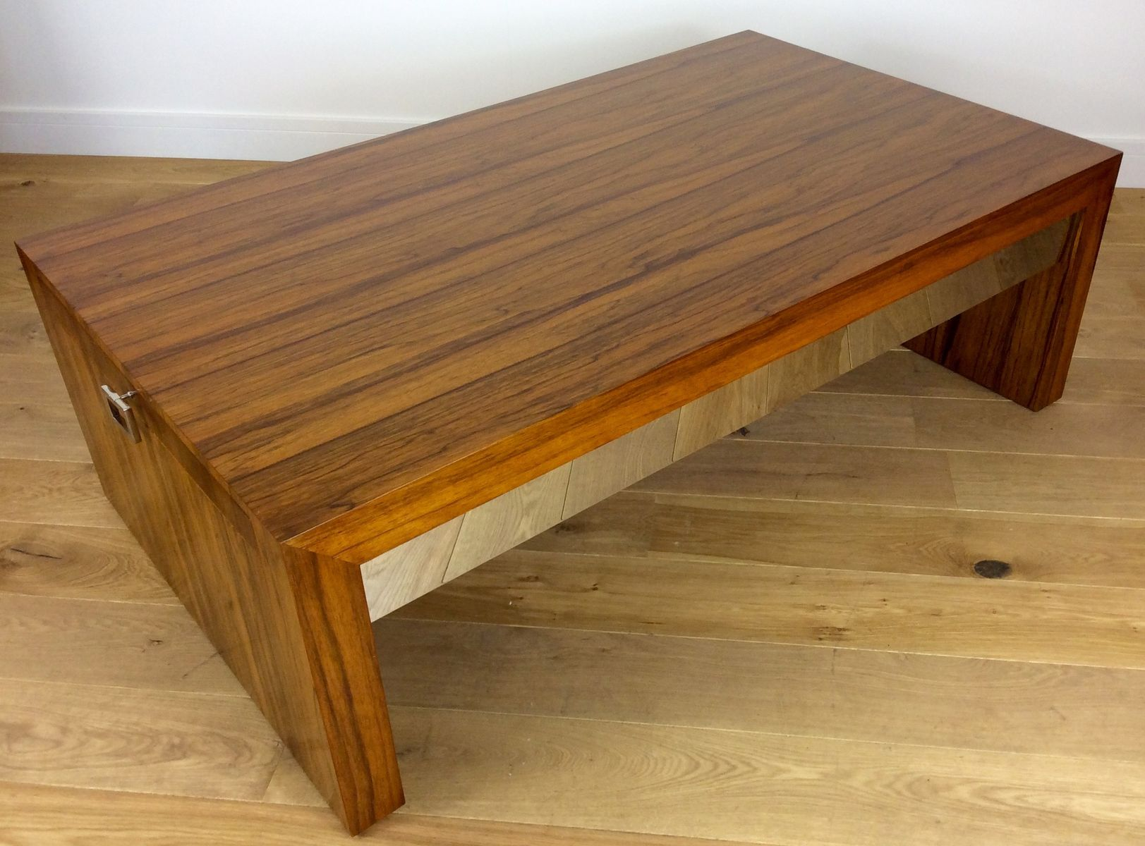 Mid Century Rosewood Extendable Coffee Table for sale at Pamono