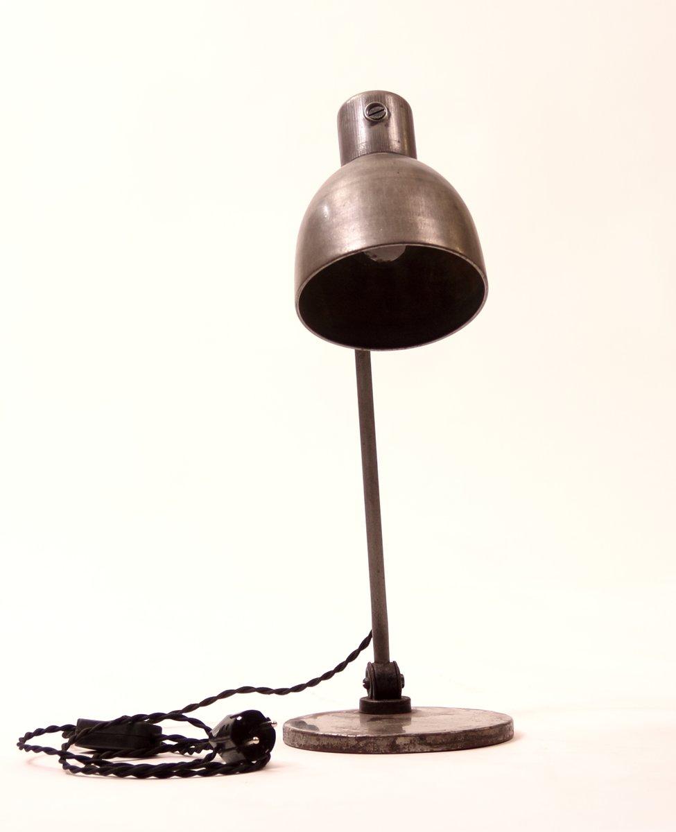deutsche vintage industrie tischlampe bei pamono kaufen. Black Bedroom Furniture Sets. Home Design Ideas