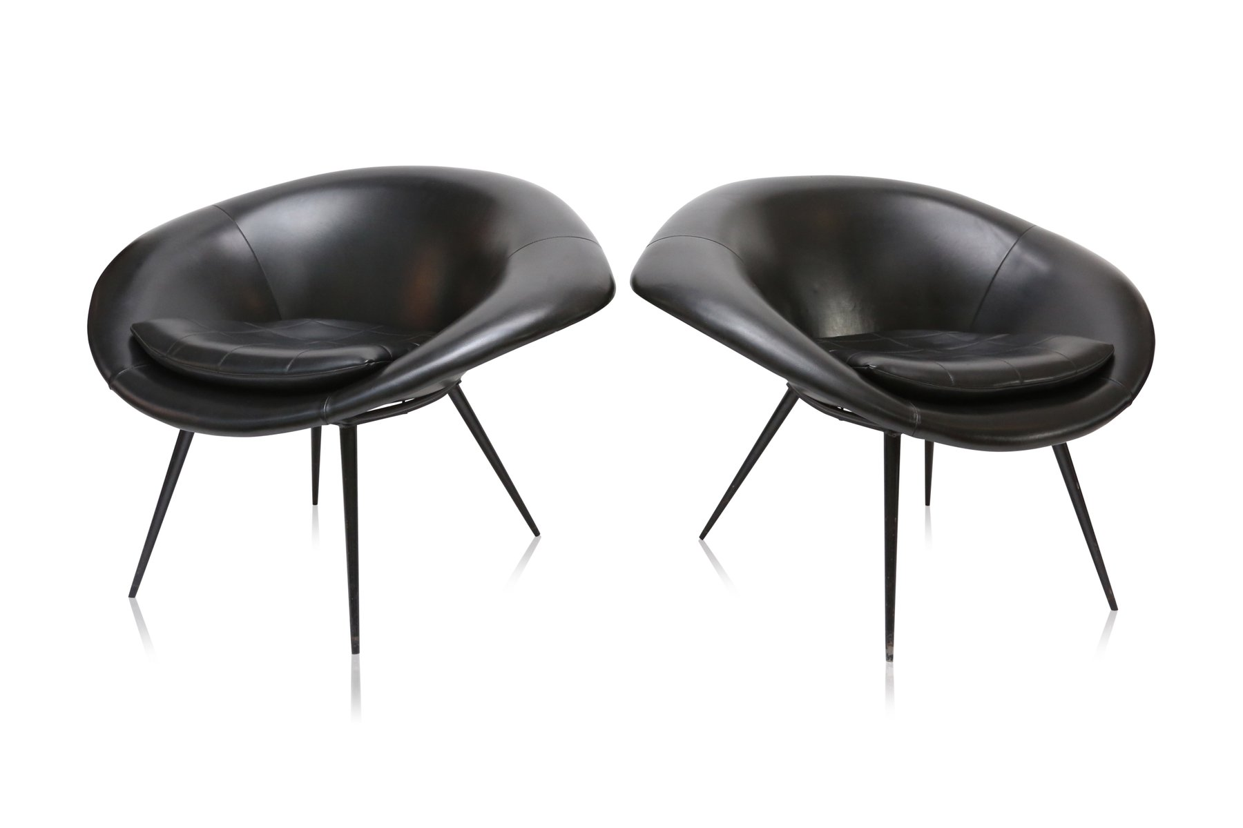 Space Age Furniture Space Age Oyster Chairs 1960s Set Of 2 For Sale At Pamono