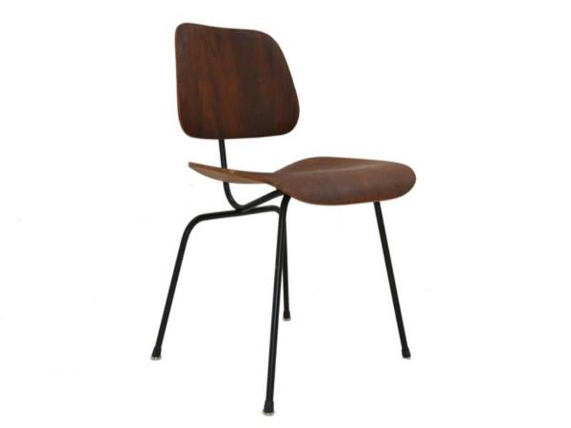 dcm stuhl von charles ray eames f r herman miller bei pamono kaufen. Black Bedroom Furniture Sets. Home Design Ideas