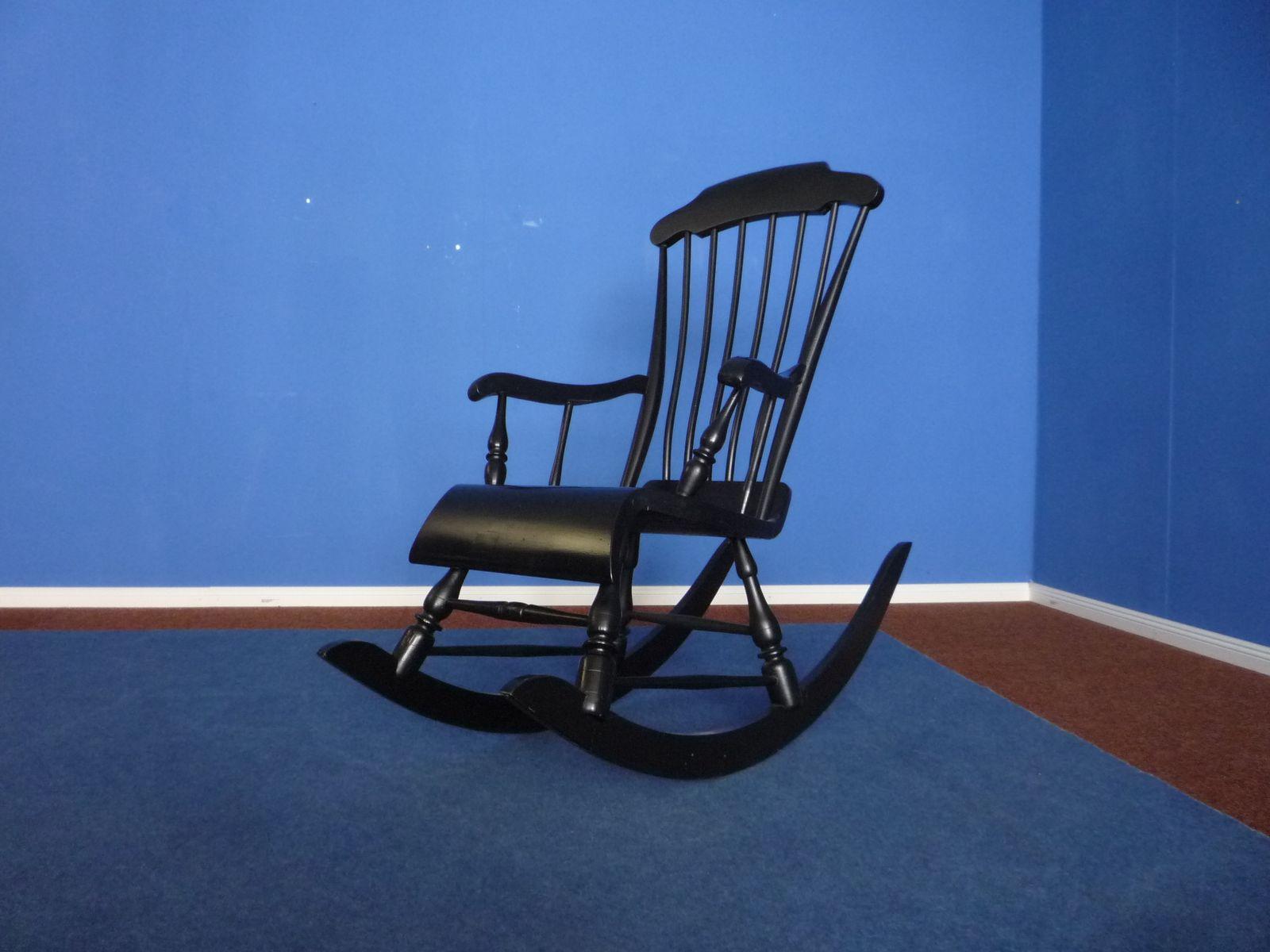 finnischer schaukelstuhl 1958 bei pamono kaufen. Black Bedroom Furniture Sets. Home Design Ideas