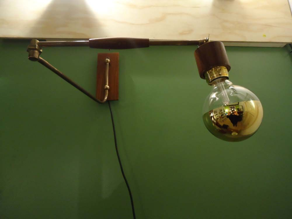 Wall Mounted Extendable Lamp : Horizontal Extendable Wall Light, 1970s for sale at Pamono