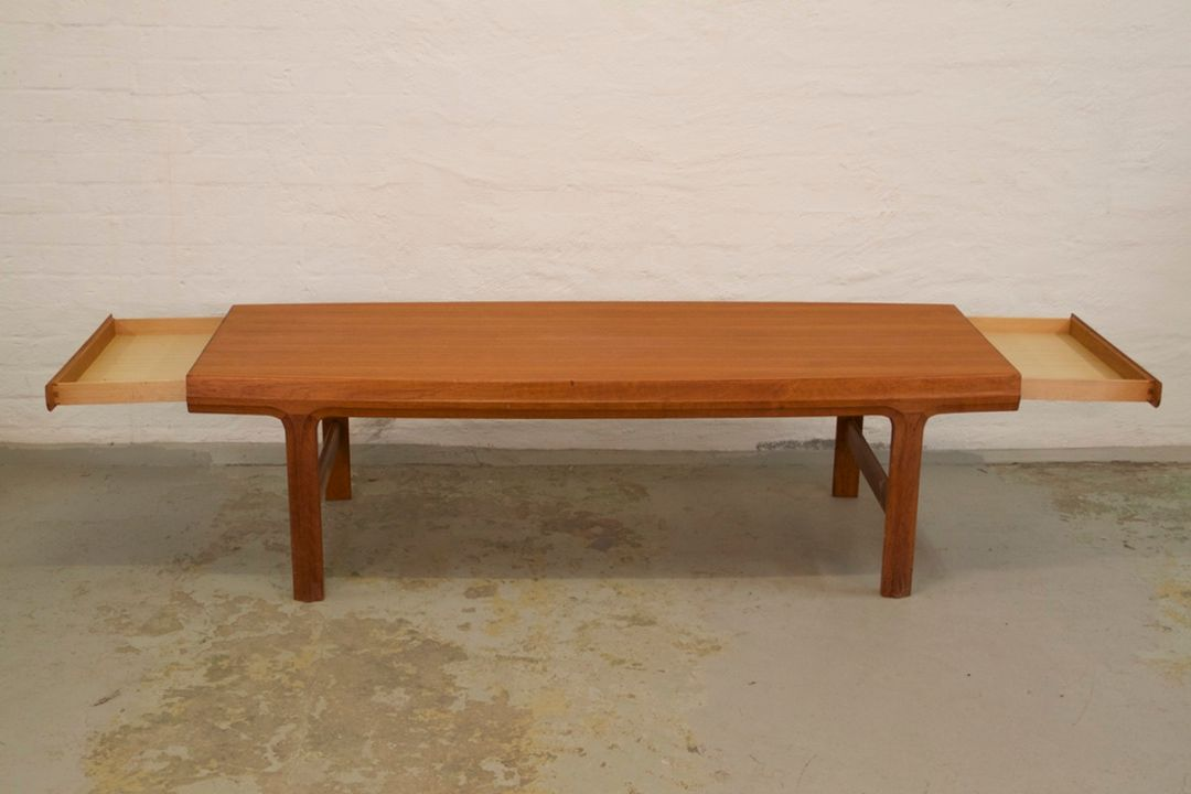 Mid Century Teak Coffee Table With Drawers By Johannes Andersen For Sale At Pamono
