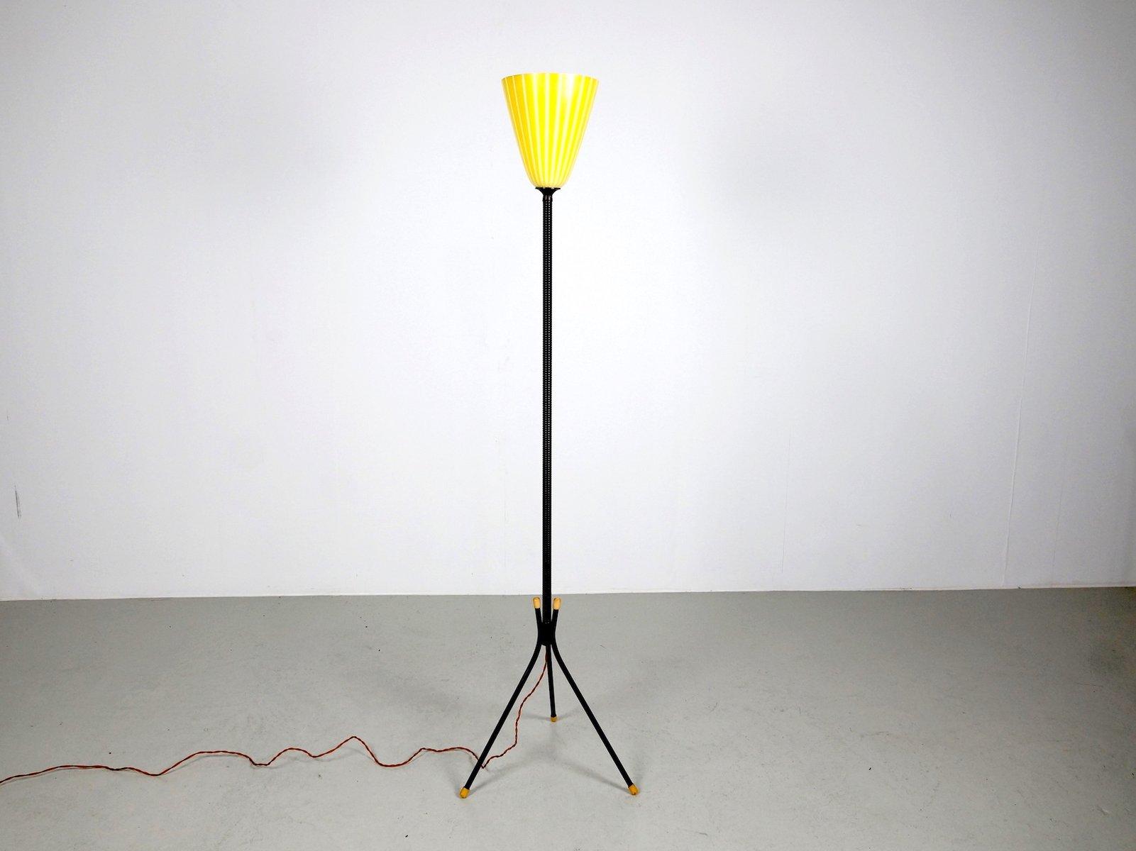 Yellow floor lamp - Floor Lamp With Yellow Glass Shade 1960s
