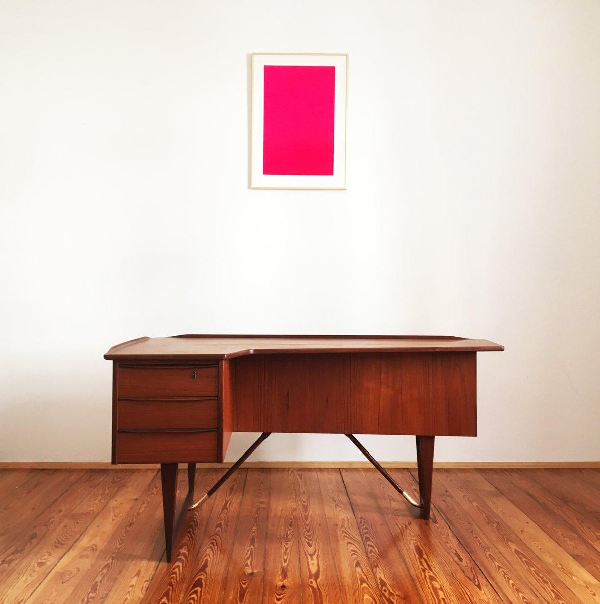 Boomerang Desk in Teak by Peter Lvig Nielsen for Hedensted Mbelfabrik